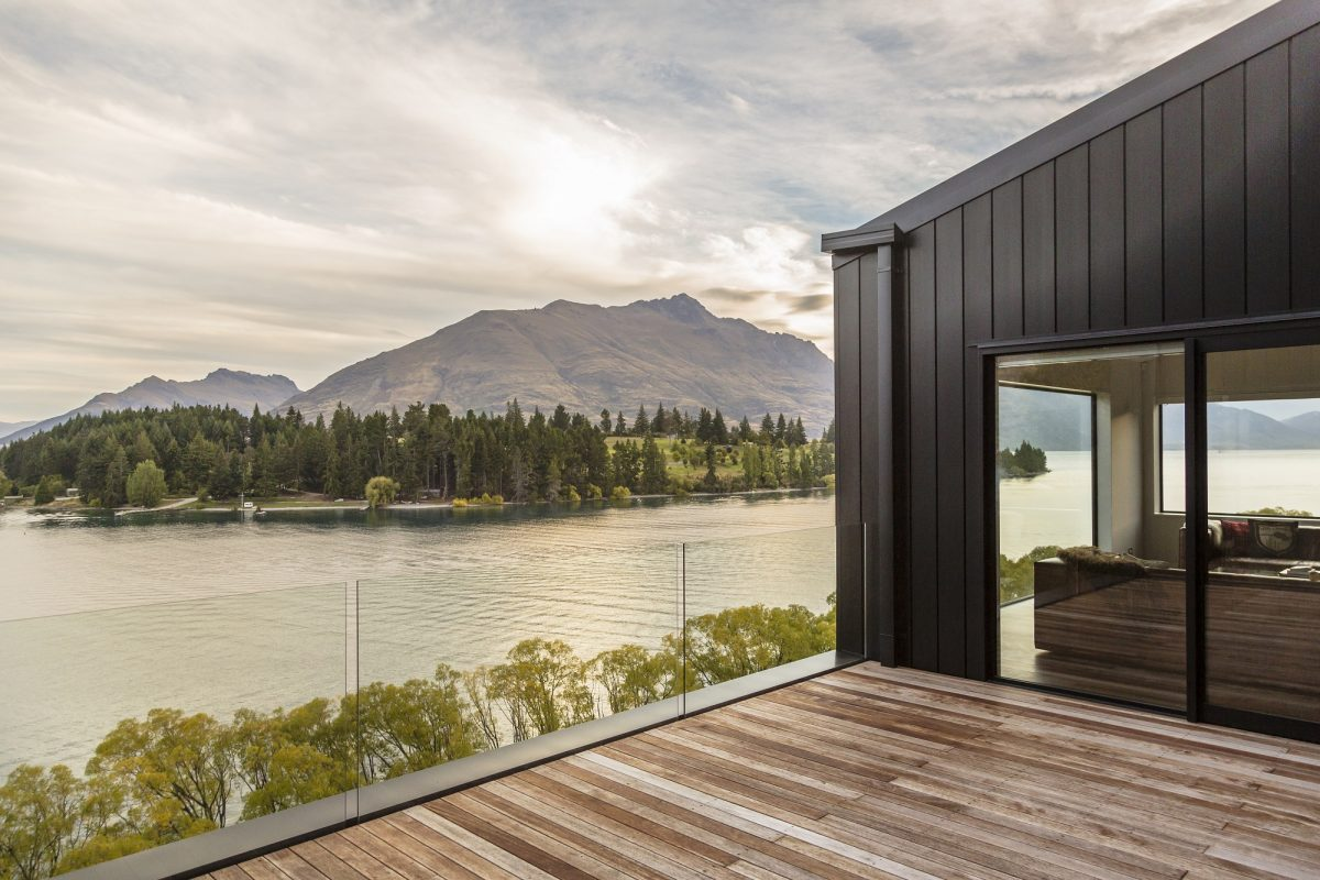 Four Queenstown Wedding Accommodation Options You'll Never Want To Leave!