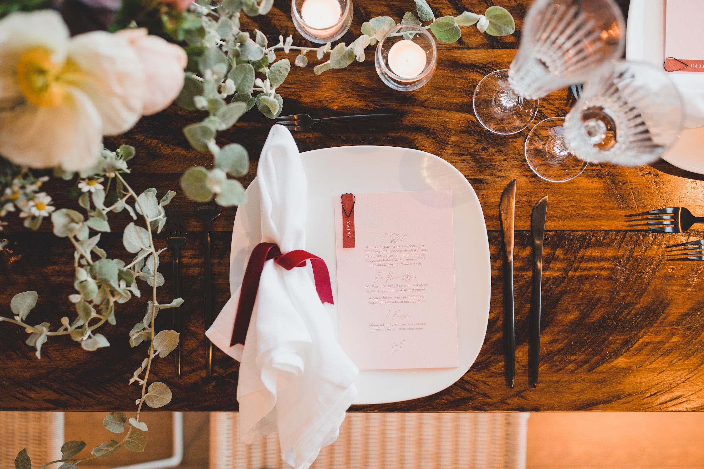 Queenstown Wedding Planner - Holly & Co Table setting