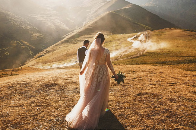 Gibbston Valley Winery - Weddings - Mountains