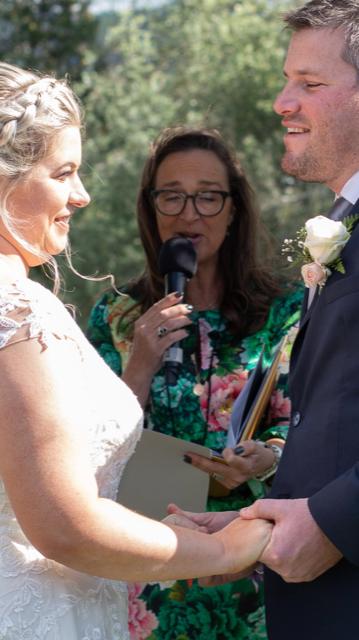 Queenstown Wedding Celebrant - Erin Hill 4
